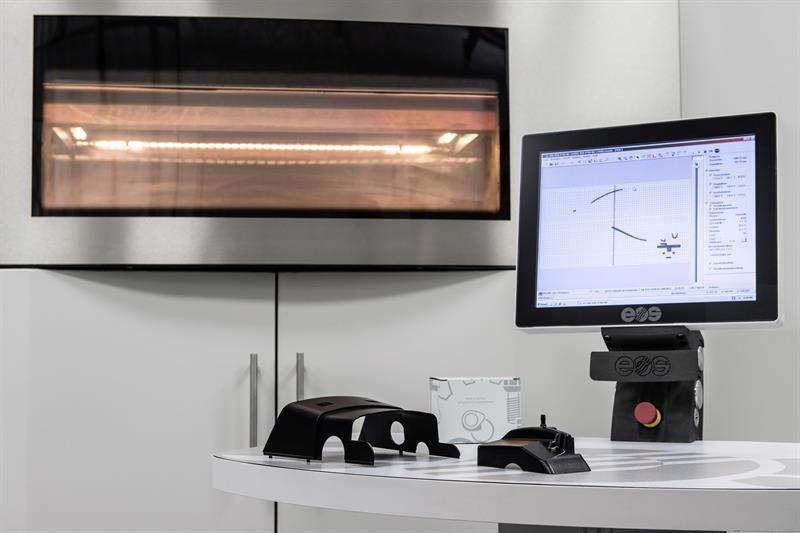 Mercedes benz using 3d printing for truck spares for Mercedes benz parts online uk