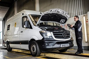 Loomis signs significant service deal for sprinter fleet for Mercedes benz service contract