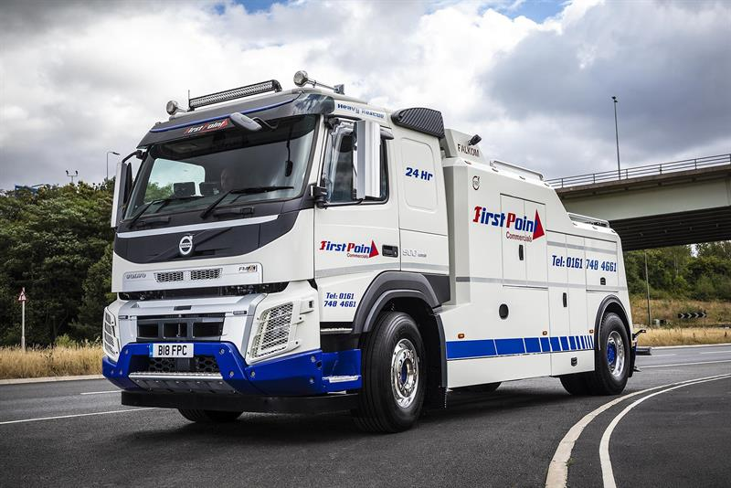 First Point Commercials Picks Up Uk First Fmx Recovery Truck