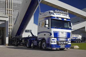 Simon Gibson Transport enjoys payload advantage with DAF XF105