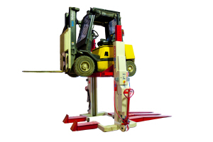 Mobile Column Lift Adapters Launhed By Stertil Koni