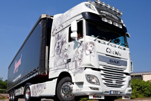 First DAF XF Euro 6 hits the road in Britain