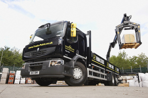 b q builds up fleet with renault premium trucks for tradepoint. Black Bedroom Furniture Sets. Home Design Ideas