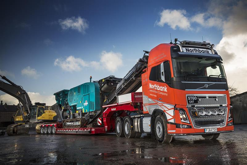 Northbank Demolition selects FH16 for heavy haulage